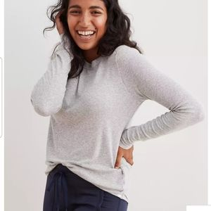 - AERIE RIBBED LONG SLEEVE T-SHIRT